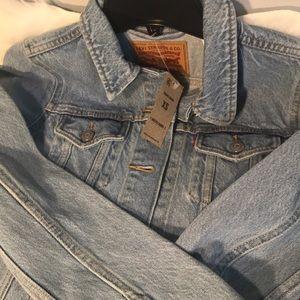 Levi Blue Jean Jacket.  XS